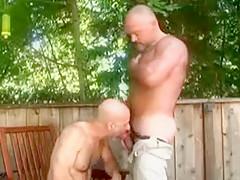 Musclebears, fun in outdoor